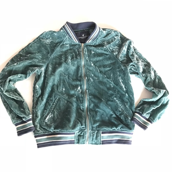 88c3b8860c976 American Eagle Outfitters Jackets   Blazers - American Eagle Velvet Bomber  Varsity M jacket